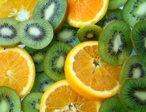 Frutta ed aranci di Kiwi fotografia stock libera da diritti