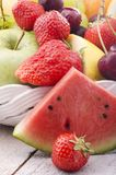 Frutta fresca della stagione Fotografia Stock Libera da Diritti