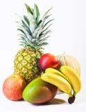 Frutta fresca isolata su bianco Immagini Stock Libere da Diritti