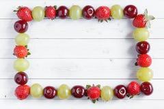 Frutta fresca mista Spazio della copia e del fuoco selettivo Immagine Stock Libera da Diritti