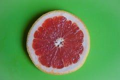Frutta fresca sulla tabella immagini stock