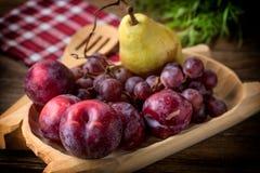 Frutta matura dal giardino domestico Fotografie Stock Libere da Diritti