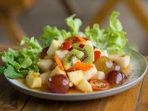 Frutta mista dell'insalata piccante Fotografia Stock Libera da Diritti