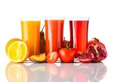 Frutta naturale Juice Drink Isolated su fondo bianco Fotografie Stock Libere da Diritti