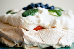 Frutta Pavlova immagine stock