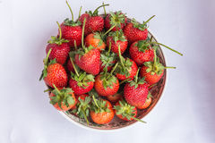 Frutta pulita della fragola rossa fresca Fotografie Stock