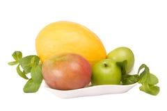 Frutta su una zolla Immagini Stock Libere da Diritti
