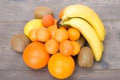 Frutta sui bordi Immagine Stock Libera da Diritti