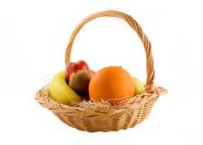 Frutta in un cestino Fotografie Stock Libere da Diritti