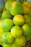Frutti arancio nel mercato agricoltura arancio della frutta Immagini Stock Libere da Diritti