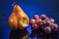 Frutti in blu Immagini Stock Libere da Diritti