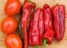 Frutti del pomodoro e del pepe fresco rosso Fotografie Stock