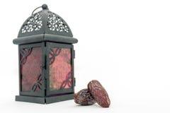 Frutti della data e lanterna araba Fotografia Stock