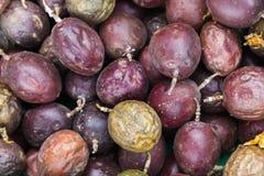 Frutti della passione porpora Chiuda sulla foto Fotografia Stock Libera da Diritti