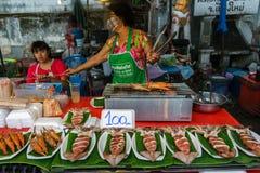 Frutti di mare al mercato di strada di camminata di Chiang Mai Immagini Stock