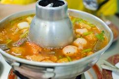 Frutti di mare caldi e piccanti tailandesi della minestra Immagini Stock