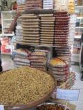 Frutti e dadi secchi a Teheran fotografie stock libere da diritti