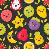 Frutti esotici sorridenti svegli, modello senza cuciture di vettore su fondo scuro royalty illustrazione gratis