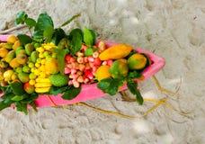 Frutti esotici sulla barca Fotografia Stock