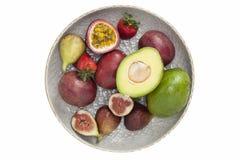 Frutti organici della miscela sul piatto Fotografie Stock