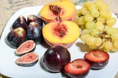 Frutti per alimento sano Immagine Stock