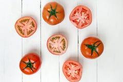 Frutti rossi dei pomodori isolati su bianco Fotografie Stock Libere da Diritti