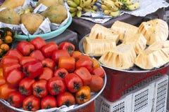 Frutti rossi di diospyros kaki del persimon Fotografia Stock Libera da Diritti