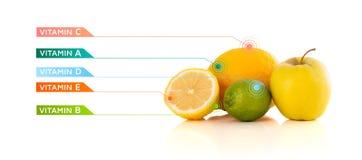 Frutti sani con i simboli variopinti e le icone della vitamina Immagine Stock