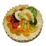 Fruttifica la torta isolata nel bianco Immagini Stock