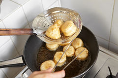 Frying fish cake Royalty Free Stock Images