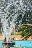 Fryst rörande vatten Arkivbild