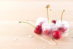 fryste Cherry Arkivfoton