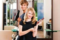 fryzjer żeńska samiec Obrazy Stock