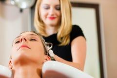 fryzjer kobieta Fotografia Stock