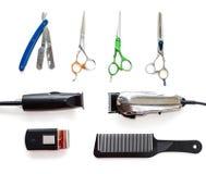 Fryzjera męskiego sklepu wyposażenia narzędzia na białym tle Fachowi fryzjerstw narzędzia Grępla, cążki i włosiana drobiażdżarka, fotografia stock