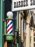 Fryzjera męskiego sklepu znak i słup obrazy stock