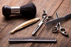 Fryzjerstwo narz?dziowy zestaw Nożyce i inny narzędzie fryzjer męski Fryzjera m?skiego set fotografia royalty free