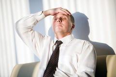 fryzura mężczyzna zwierają krawat Obrazy Stock