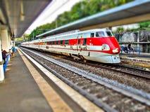 FS把ETR 450 Pendolino分类在罗马圣彼得罗火车站在意大利 免版税库存照片