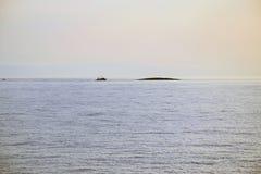 Fshing sur la mer Images stock