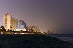Ft Пляж Lauderdale - горизонт на ноче Стоковые Изображения RF