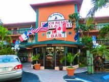Ft Lauderdale, USA - 12. Mai 2018: Ft Lauderdale-Strandurlaubsorthotel und -reihen lizenzfreie stockbilder