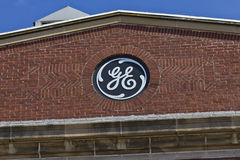 Ft Wayne IN - Circa Juli 2016: General Electric fabrik GE är den world'sDigital industriföretaget IX Fotografering för Bildbyråer