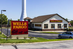 Ft. Wayne - Circa September 2016: Wells Fargo Retail Bank Branch. Wells Fargo is a Provider of Financial Services XI Stock Photography