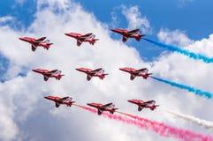 Fête aérienne rouge de flèches Photos libres de droits