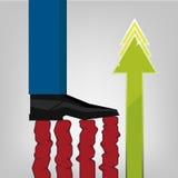 Fuß des Geschäftsmannschritt-Handelsdiagramms Lizenzfreies Stockfoto