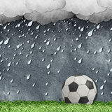 Fußball auf Feld aufbereiteter Papierfertigkeit Stockfotografie