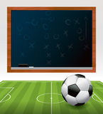 Fußball auf Feld mit Tafel-Illustration Lizenzfreies Stockbild