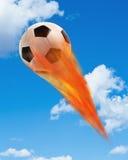 Fußball-Kugel auf Feuer Lizenzfreie Stockfotos