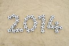 Fußball-Mitteilung 2014 auf Brasilien-Strand Lizenzfreies Stockfoto